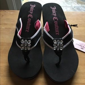 NWT Juicy Couture Wedge flip flops with bling